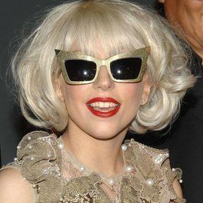 Lady Gaga: vermillon