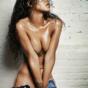 Rihanna nue photo