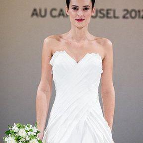 Robe de mariée courte 2012 © Salon du mariage au Carroussel