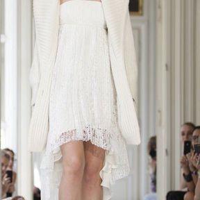 Robe de mariée courte devant 2013 © Delphine Manivet