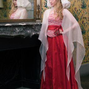 Robe De Mariee Framboise Par Zelia Robe De Mariee De