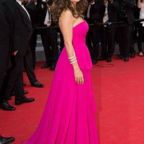 Salma Hayek en Saint Laurent