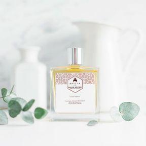 L'huile sèche visage, corps et cheveux d'Apicia