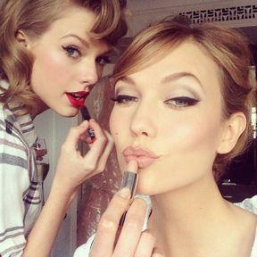 Taylor Swift vs Karlie Kloss : le match du Met Ball 2014