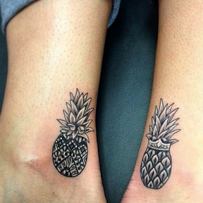 Le matching tattoo ananas
