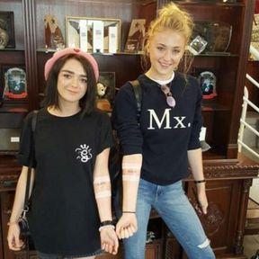 Maisie Williams et Sophie Turner