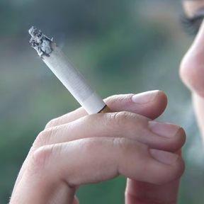 Gare au tabagisme passif