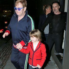 Elton John (63 ans)