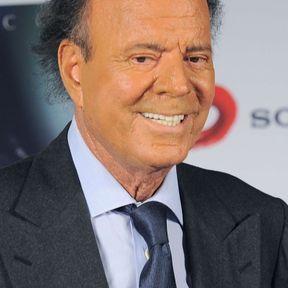 Julio Iglesias (56)