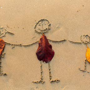 Dessiner sur le sable