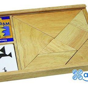 Jeu de tangrams en bois