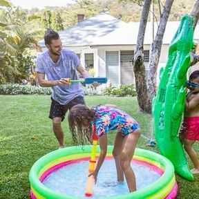 Faire des jeux d'eau
