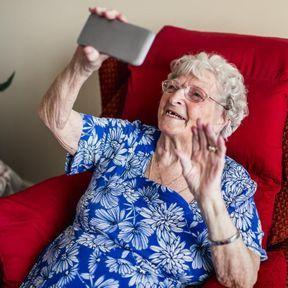 Adapter la technologie aux seniors
