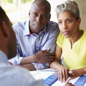 Comment éviter que mon fils ne vende la maison que je lui donne ?