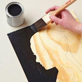 Autoportrait peint sur une planche de bois