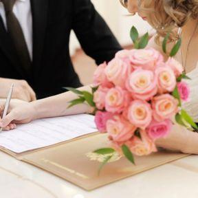Le mariage est simplement un bout de papier