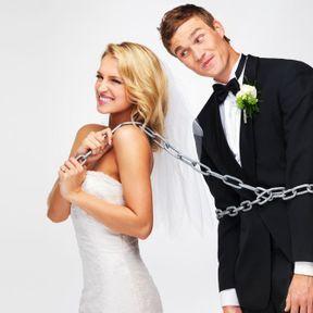 Le mariage est une prison dorée : fini les vacances avec sa bande de potes !