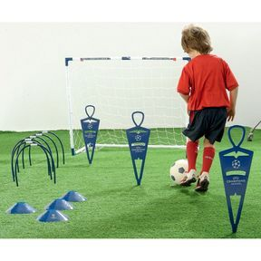 But Champions League & Kit D'Entraînement - ToysRus