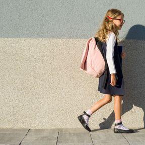 En rentrant de l'école : la marche méditative Kinhin