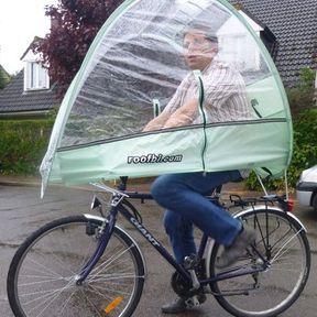 La capote de protection anti-pluie, anti-vent