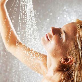 Une douche tonifiante