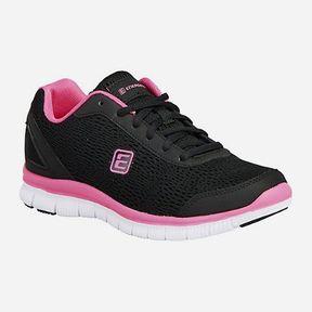 Des chaussures de training