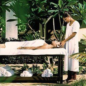 Notre coup de coeur spa: Massage sublime de Polynésie, Cinq Mondes