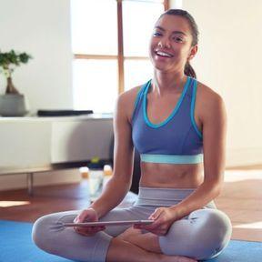 Du yoga chez soi : Asana rebel