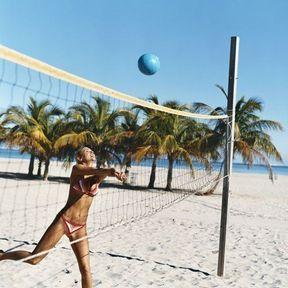 Sur la plage, les activités tu varieras