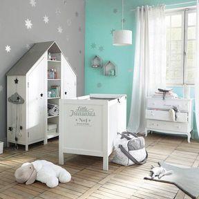 La chambre de bébé boisée