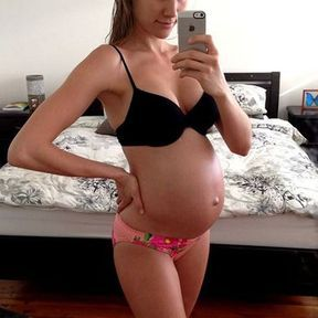 Rachael Finch enceinte, août 2013