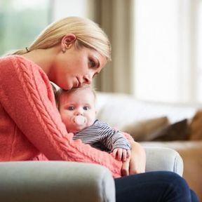 Il est normal de pleurer sans raison dans les jours qui suivent l'accouchement