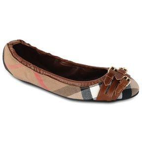 Chaussures ballerines Burberry printemps été 2014