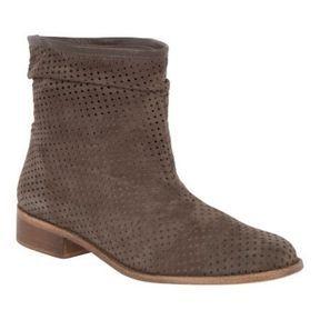 Boots perforées Comptoir des cotonniers printemps été 2014