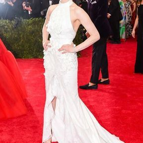 Amanda Seyfried en Givenchy