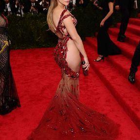 Jennifer Lopez en Atelier Versace