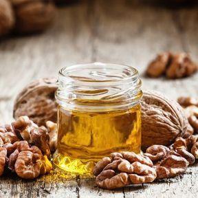 Les huiles de noix et de colza