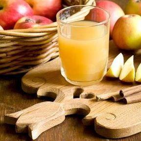 Les jus concentrés de fruits : environ 30 kcal la cuillère à café