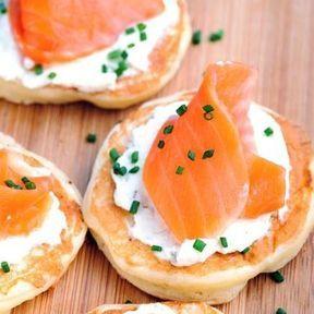 Blinis au saumon fumé et crème fleurette