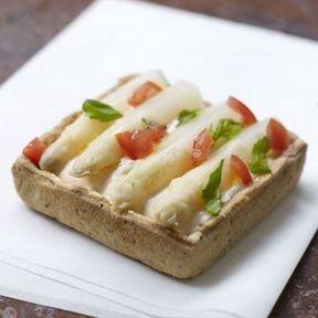 Tarte asperge des Sables des Landes + Mousse tomate basilic