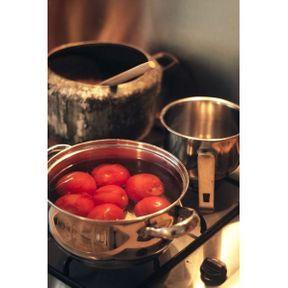 Astuce pour peler facilement des tomates