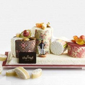 La bûche aux treize desserts - de Lenôtre et inspirée par Christian Lacroix