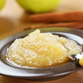 Remplacer le beurre dans les pâtisseries par de la compote
