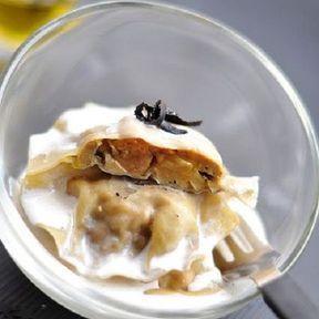 Ravioles de foie gras, crème à la truffe