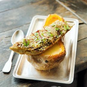 Velouté de butternut et tartine au foie gras