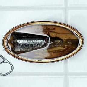 Les sardines à l'huile en conserve
