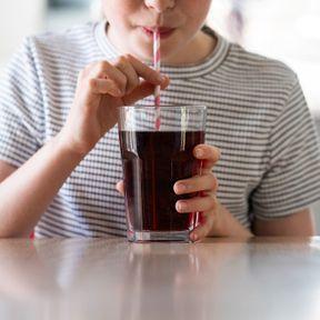 Coca et barres salées aident à soulager la diarrhée