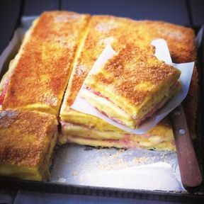 Croque-monsieur de polenta, jambon et fromage