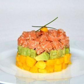 Tartare de saumon, avocat et mangue
