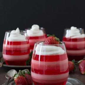 Verrine Jell-o et fraises